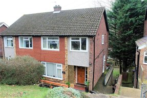 Maisonette South West High Wycombe £750 incs Council Tax